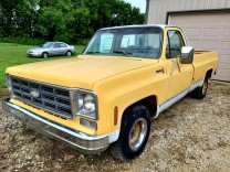 CHEVROLET C-10 CUSTOM PICKUP 1977 350v8 DRIVER