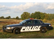 FORD CROWN VICTORIA POLICE INTERCEPTOR P-71 2004