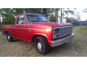 FORD F-100 CUSTOM PICKUP 1980 RED ON RED