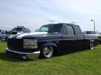 ! FORD F-150 1994 BLACK CUSTOM LOWRIDER