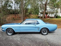 FORD MUSTANG 66 COUPE 289V8